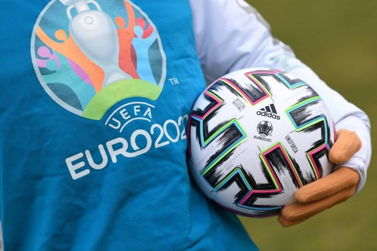 欧冠规则_欧足联研究恢复比赛的两种选择 警告资格选拔的不公正现象